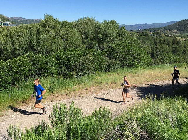Photo of runners at the Aspen Backcountry Marathon